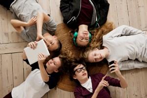 o-TEENS-PHONES-facebook