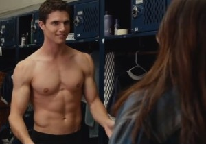 robbie-amell-the-duff